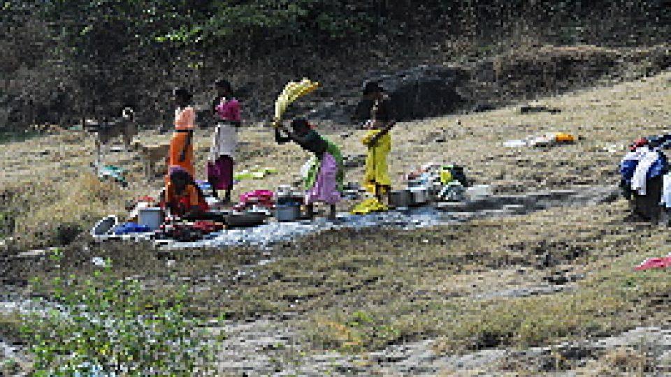 Prádlo se v Indii pere pořád  a všude
