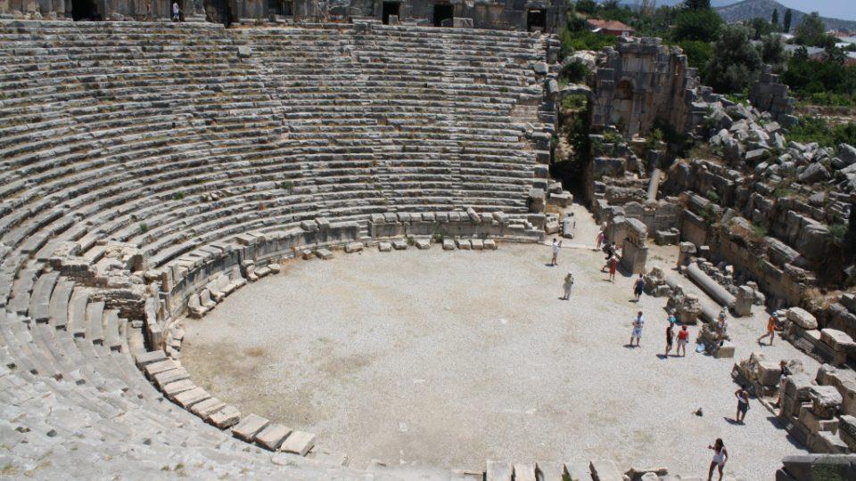 Starověké divadlo v Myre