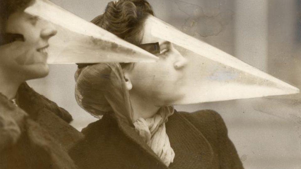 Chránič obličeje při sněhové bouři (1939)