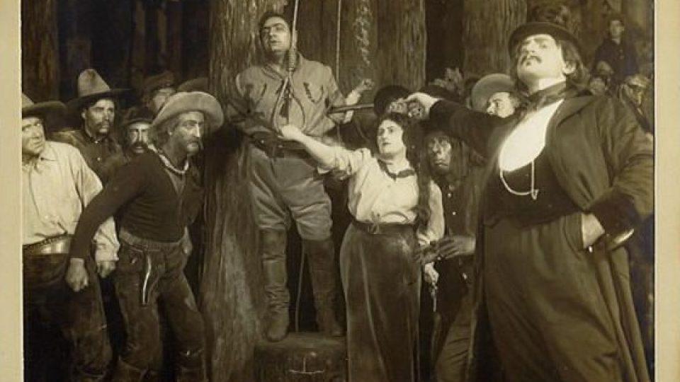 Enrico Caruso, Ema Destinnová a Pasquale Amato v opeře Děvče ze západu (La fanciulla del West) od Giacoma Pucciniho