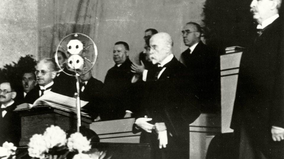 Poslední zvolení T. G. Masaryka prezidentem (Velká síň Rudolfina 24. května 1934)