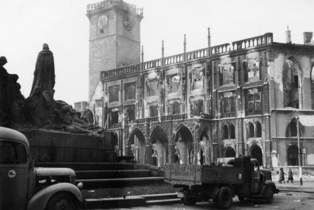 Pražské povstání, květen 1945, Staroměstská radnice - trosky