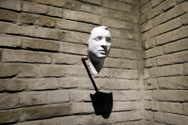 Posmrtná maska Jana Palacha, kterou 19.ledna 1969 vytvořil Olbram Zoubek.